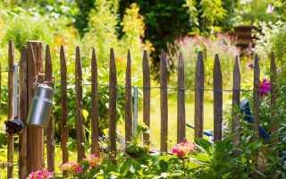 Забор для палисадника перед домом своими руками: фото, виды, рекомендации по выбору